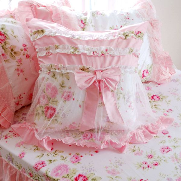 Shabby Chic Pink Pillows : 181 best Pretty Cushions & Pillows images on Pinterest