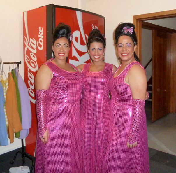 the Dynamites....ready to go on stage
