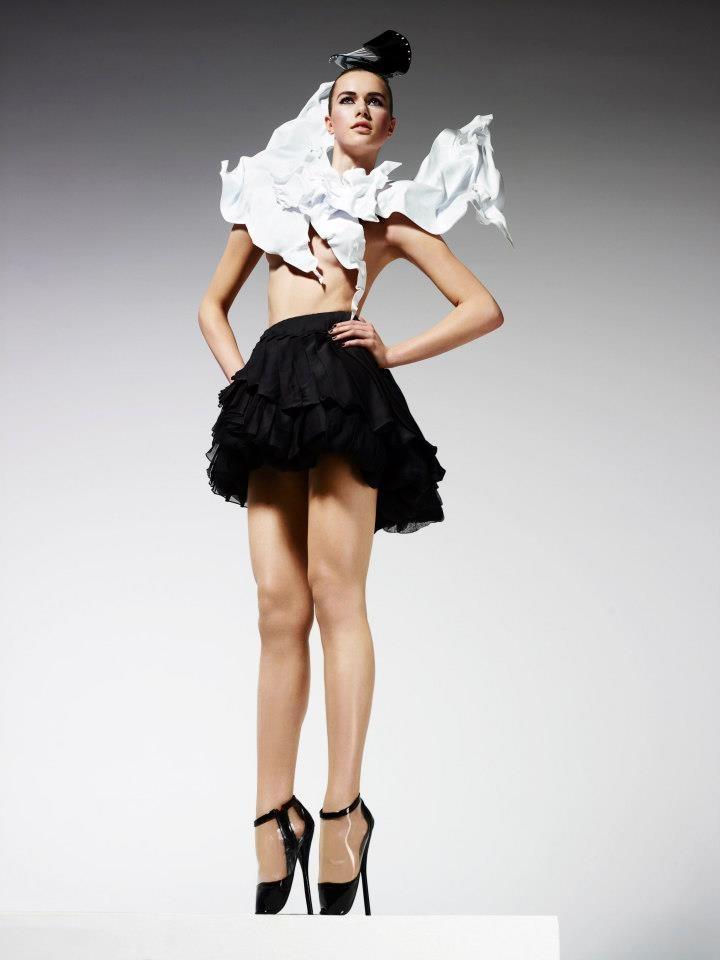 Top Model Poland 3 sesja w stylu haute couture: Anna Cybulska, fot. Ram Shergill