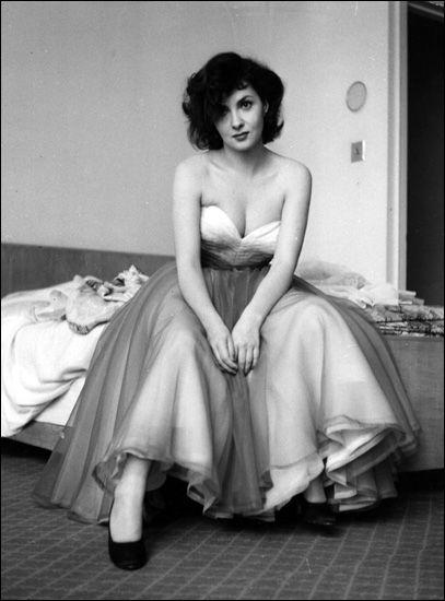 Gina Lollobrigida, 1952. Photo: Haywood Magee for Picture Post magazine.