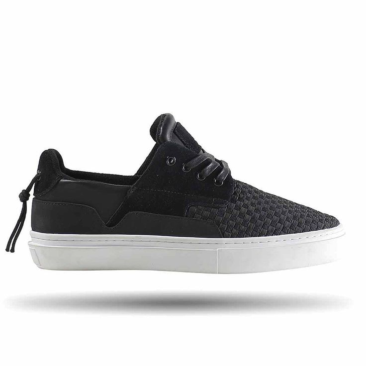 LOW TOP BOAT INSPIRED SNEAKER BLACK WOVEN NYLON / LEATHER / SUEDE UPPER  CREATING A CASUAL