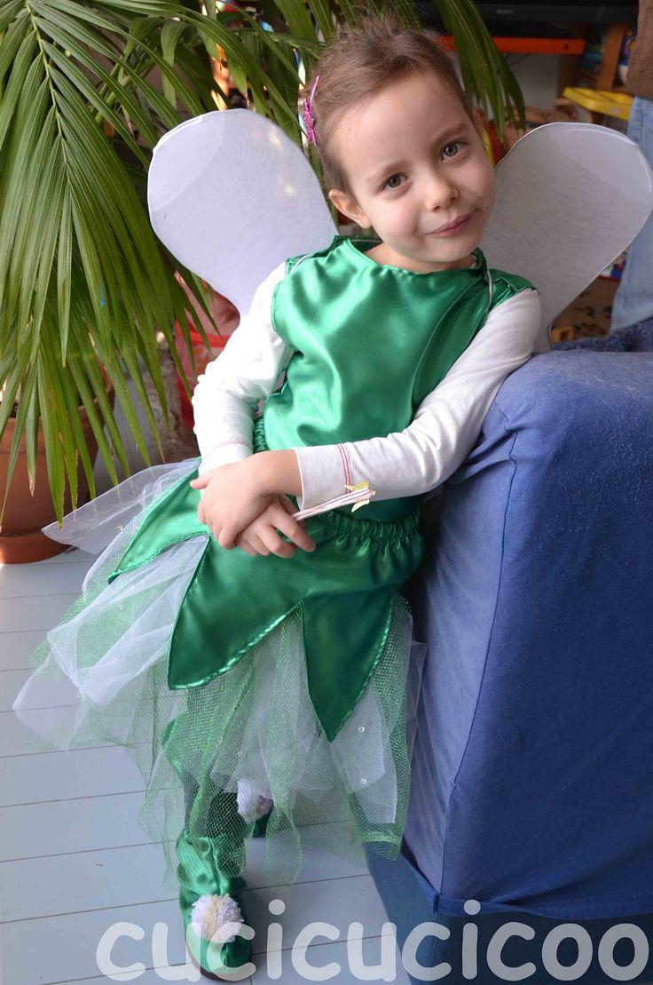 Non c'è molto di più carino che costumi di Trilly e Peter Pan per una sorella e un fratello... a meno che non siano costumi fai da te! Ecco come ho fatto io