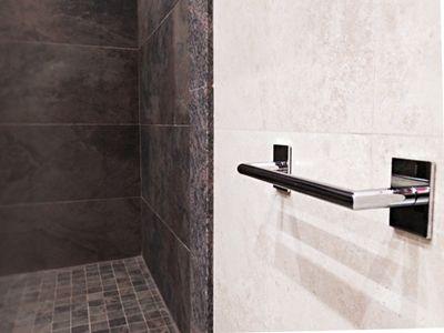 Reforma dutxa en porcelànic. Construccions Madrona www.construmadrona.com
