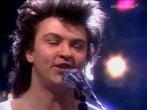 Paul Young  I'm Gonna Tear Your Playhouse Down    WWF Club