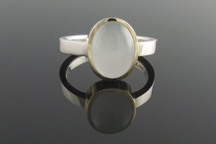 9ct yellow gold, silver and aquamarine ring