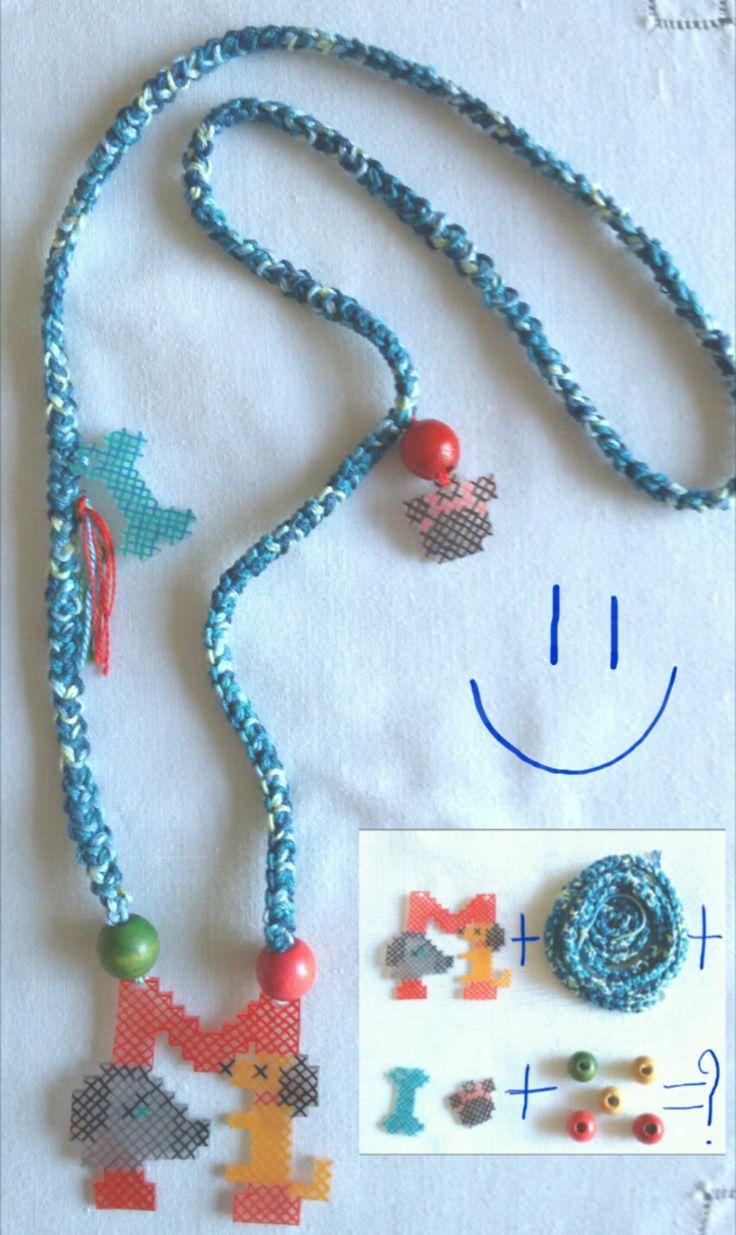 Eccola lì la #collana da #regalare #regalo #ladiessedel67 #necklaces #dawanda_it #tassel #fringe #collar #collier #ketten #crochet #handmade #multicolor #polishrink #iniziali #initiale #initial #iniciales #initialnecklace #dog #dogs #charm #handgemacht #faitalamain