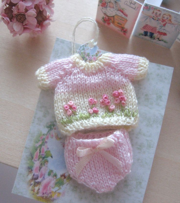 72 Best Miniature Knitted Clothes Images On Pinterest Miniatures
