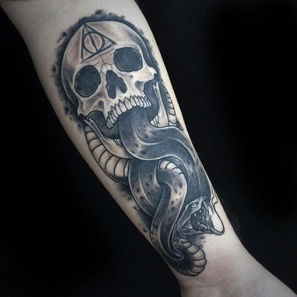 The Dark Mark Guys Tattoo Ideas Harry Potter Forearm Harrypottertattoos Dark Mark Tattoos Tattoo Designs Men Mark Tattoo