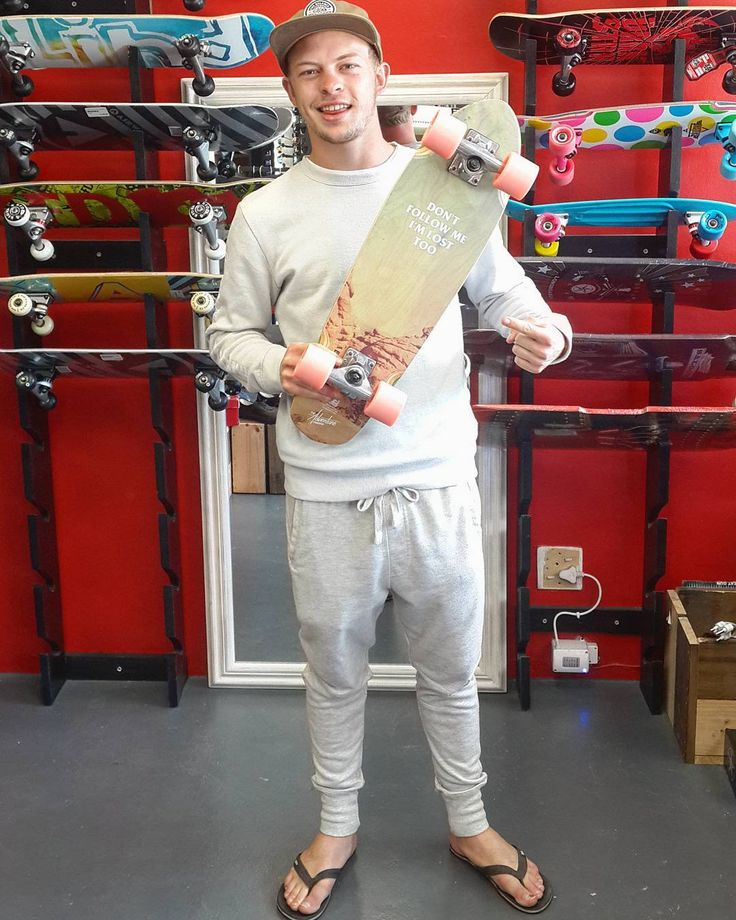 """The dude @jpmeyer09 stopped by to pick up this fresh 26"""" @globebrand x @globebrandsa """"Lost Lemons"""" complete to make his and our #madstokemonday even more stoke-filled!  Enjoy it skate safe & stay stoked bro! Welcome to the #csskateshopfam!   #csskateshop x #globe"""