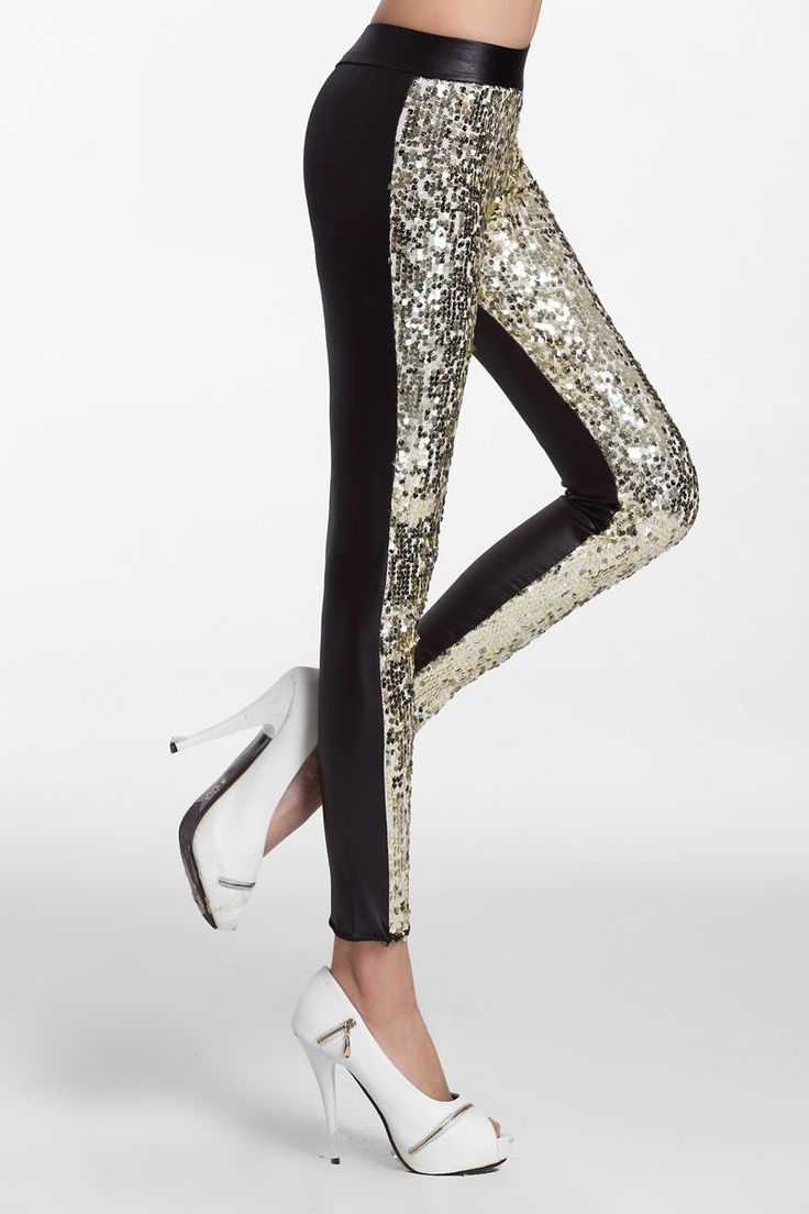 This is the sequins spliced PU Leggings and it gives you a sexy sporty look but it also slims and trims your body. It is a gorgeous black legging with a glittering front panel that is absolutely perfe