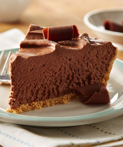 Recipe for Easy 8-Minute No-Bake Chocolate Cheesecake - Creamy chocolate cheesecake in a graham cracker crust, ready in three oven-free steps!