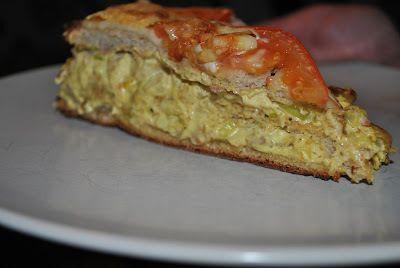 Varm smörgåstårta med kyckling - http://www.mytaste.se/r/varm-sm%C3%B6rg%C3%A5st%C3%A5rta-med-kyckling-334675.html
