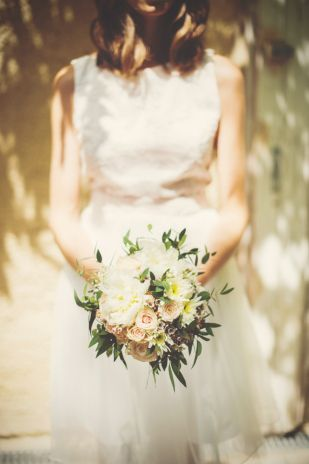 Yoann Pallier - Un mariage champetre dans les Cevennes - La mariee aux pieds nus