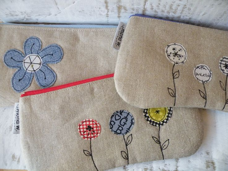 https://flic.kr/p/dZGe7G | new ones ... | Today we´ve had the first sunny day since ages ....  so some flowery pouches :) available.
