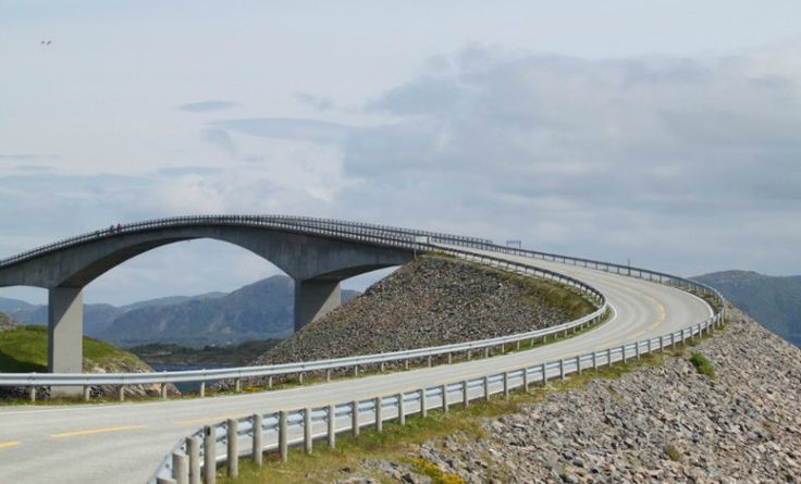 The Atlantic Ocean Road is considered to be one of the most spectacular roads in the world. Located closely to the cities of Kristiansund and Molde, this 5 miles road is built on many small islands. This road offers a wide breathtaking sea view.