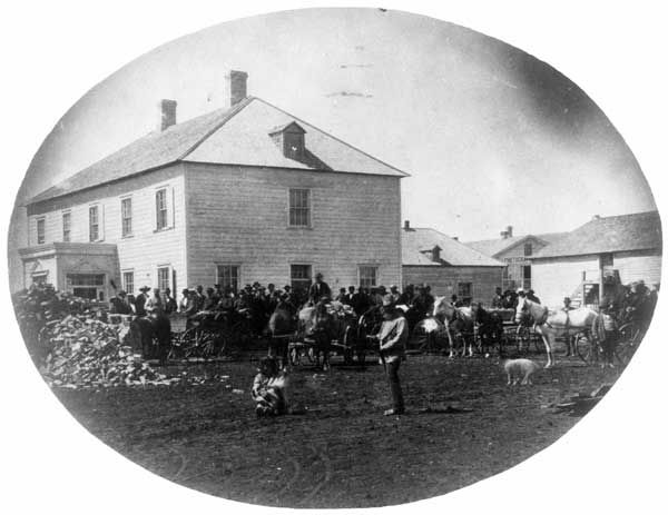Manitoba History: Mennonites arriving in Manitoba in 1873. History Historic Historical Photos Photographs Pics Pictures Vintage Old West Canadian Settlement Prairies