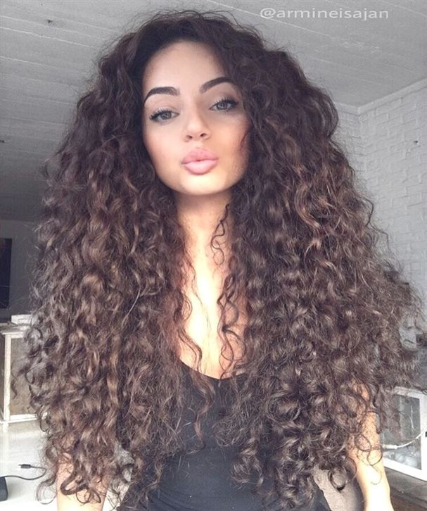 Big Long Curly Hair Curlyhair Magnifiques Coiffures Coiffure Cheveux
