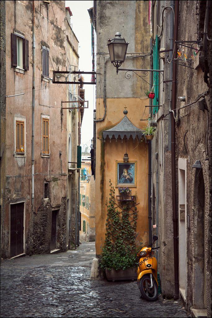 """crescentmoon06: """" Tivoli (Lazio, Italy) by Ellen """""""