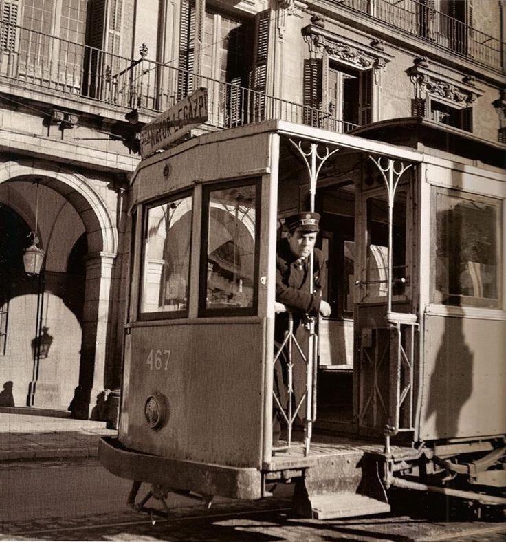 "Francesc Català-Roca / ""Tranvía"", Plaza Mayor, Madrid, ca. 1955"