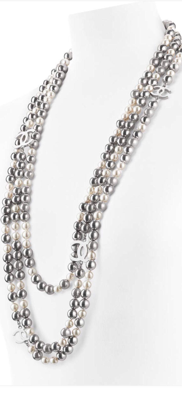Chanel Ss 2016 Pearl Necklace #luxurydotcom