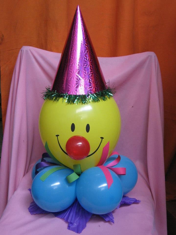 7 best centros de mesa con globos images on pinterest - Centros de mesa con globos ...