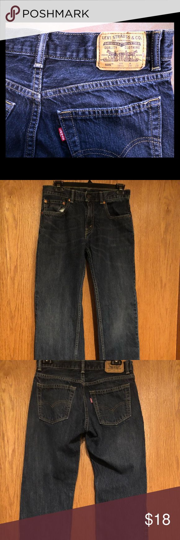 Levis 505 Jeans - size 28 x 28 Great condition Levi's 505 jeans in a young men's 28 x 28 Levi's Jeans Straight
