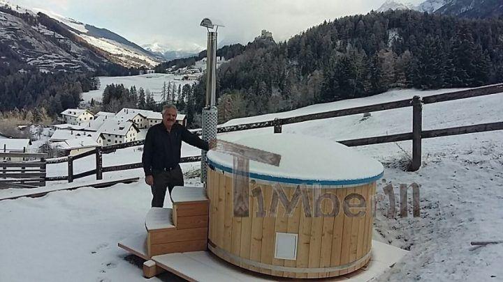Badefass GFK mit integriertem Ofen Wellness Royal, Ruedi Just, Tarasp, Schweiz
