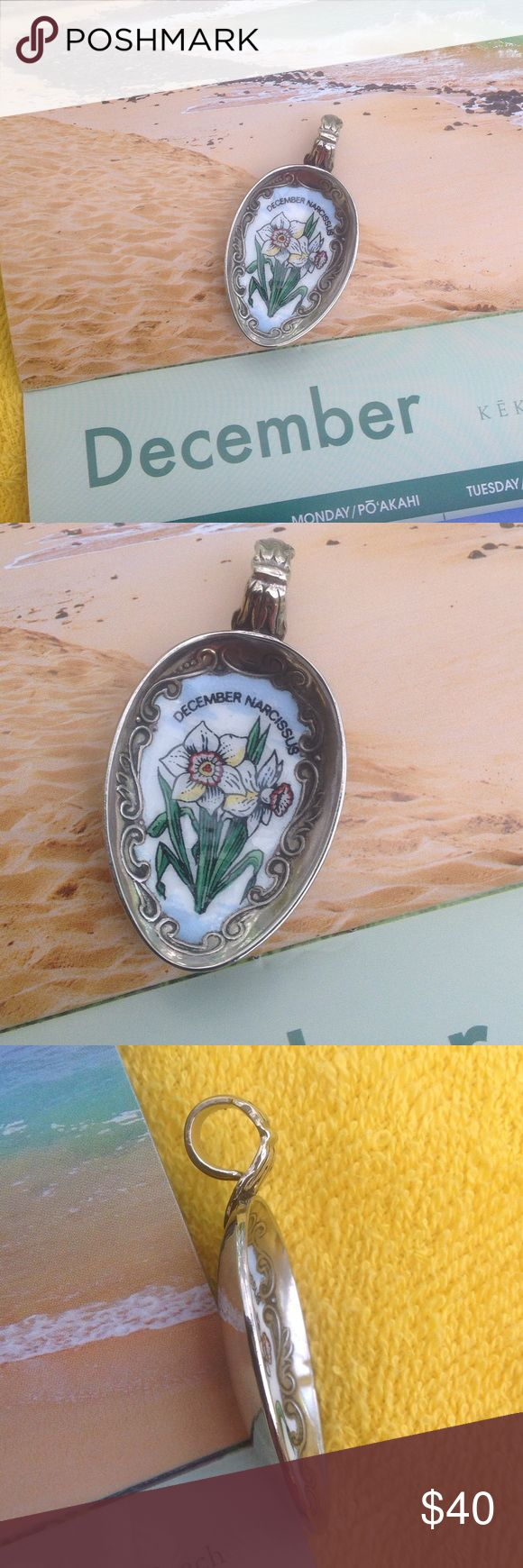 """🆕""""December or Narcissus flower pendant This enameled pendant features the birth month of December and its flower Narcissus. Handcrafted from a spoon. My first and only Robinadi Jewelry"""