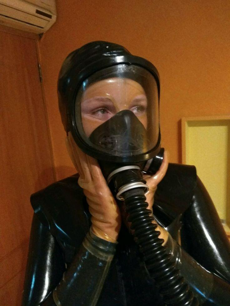 122 Bedste Kvinder I Gasmask billeder på Pinterest Gas Masks-8013