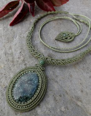 Jade - Macrame necklace (Light Green) - stone size approx. 3.9/2.6