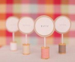 Menovky pre svadobných hostí
