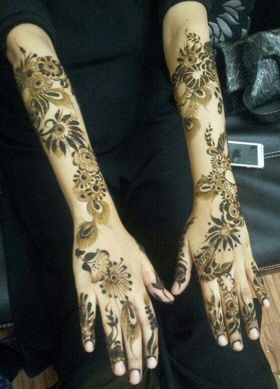 Henna design - Arabic.