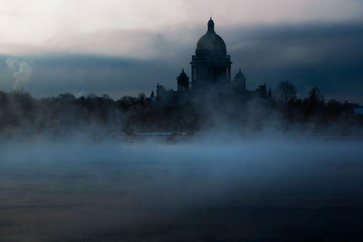 Fog in St. Petersburg, Russia.