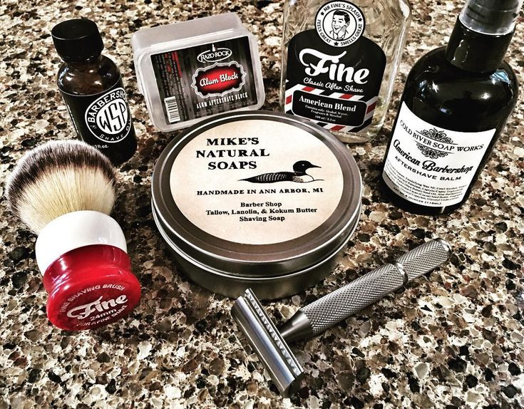 SOTD: 3/29/2016 Mike's Natural Soaps Barbershop Fine Accoutrements American Blend Aftershave Cold River Soap Works American Barbershop Aftershave Balm Fine Accoutrements 24mm Angel Hair Stout Synthetic Brush Above The Tie Colossus Slant Bar Razor Wet Shaving Products Barbershop Pre Shave Oil Razo Rock Alum Block Personna Blue Comfort Coated Blade @fineaccoutrements @abovethetie @wetshavingproducts @razorock #coldriversoapworks #mikesnaturalsoaps #personnablades #wetshave #synthetic...
