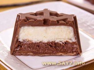 Ванильно-шоколадное мороженое в шоколадной глазури