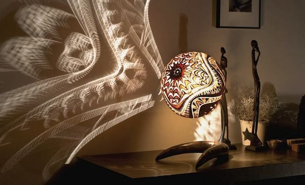 创造华丽异国梦境:一次旅行后的葫芦雕刻灯