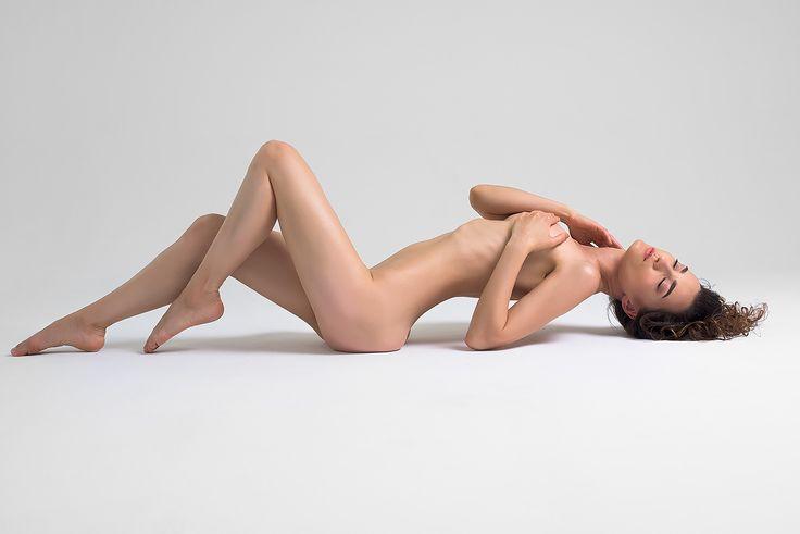 Olga Sidorenko on Behance