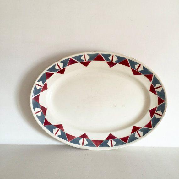 Français Art déco ovale servant de plateau - conception graphique Unique plaque - Français Antique servant de plaque - assiette en céramique ovale avec bordure de style Art déco