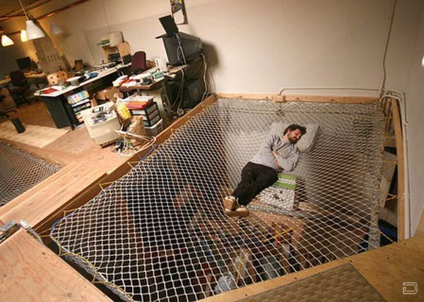 Talk about the falling feeling... Cool, but YIKES!: Idea, Trampolines, Living Spaces, Indoor Hammocks, Floors, Hammocks Beds, Dreams Hou, Bachelor Pads, Men Caves