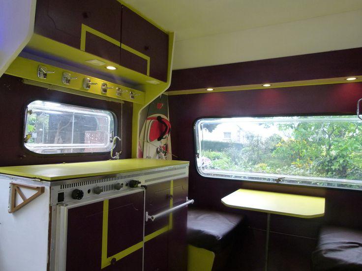 Les 72 meilleures images du tableau relooking caravane sur for Peindre interieur caravane