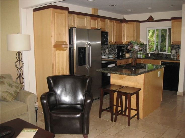 Puamana Vacation Rental - VRBO 392164 - 2 BR Lahaina Townhome in HI, Puamana - 100 Steps to the Beach Harty's Hula Hut $5000/stay King + loft x-box