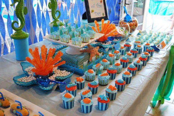 La decoración temática incluye todos los tipos de peces, medusas, pulpos, diferentes tipos de algas, estrellas de mar, almejas, caballitos de mar y todos los demás animales y plantas que viven en el mar. El color imprescindible para este tipo de decoración, por supuesto, es el azul, pero él...