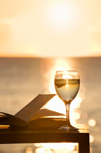 A gorgeous setting for a great book and a glass of wine. [Spotted on @angelicbond's #MeTime board.]