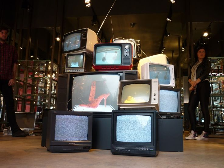 Prop Hire - Kurt Geiger - Retro TV Art Installation