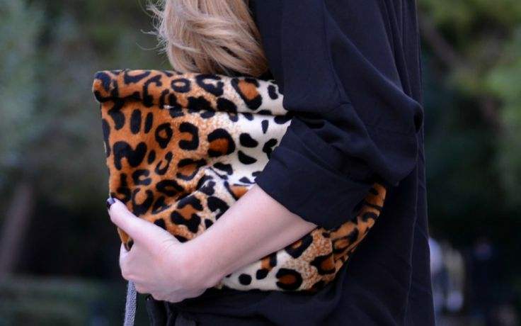 #leopard #lunchbag by #greek designer @Clic Jewels as worn on La Grèce J'aime