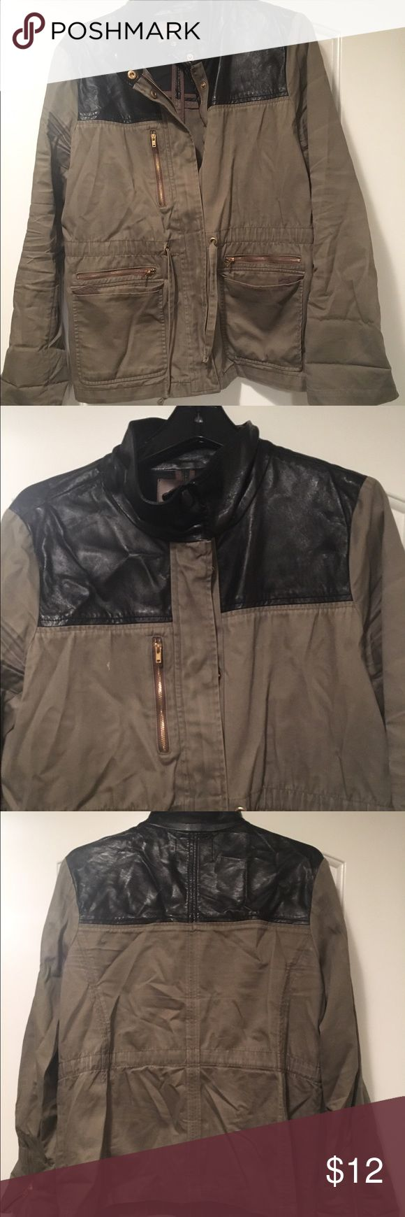 🎉 Forever 21 Utility jacket GREAT LOW PRICE Love 21 Contemporary anorak jacket with faux leather paneling and side pockets. Trusty jacket for layering in fall & spring! Just needs a steaming or ironing! Forever 21 Jackets & Coats Utility Jackets