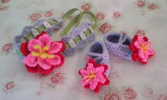 Baby Girl Headband and Booties set with cute flower