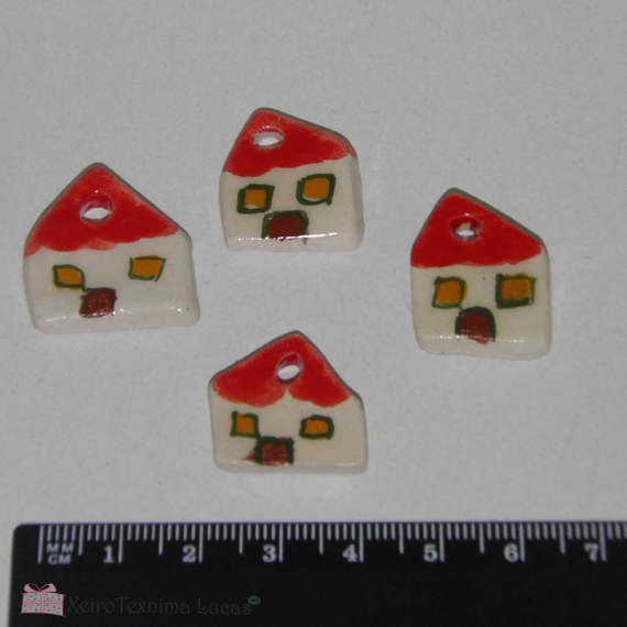 4 Pieces Handmade Ceramic Houses 2cm 3/4 Miniature