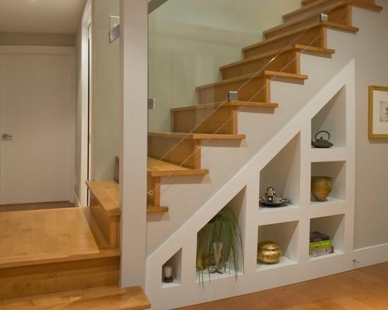 Escada com móvel