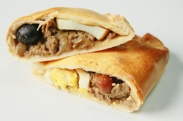 "La Cuisine de Bernard: Les ""Empanadas de Pino"" du Chili"